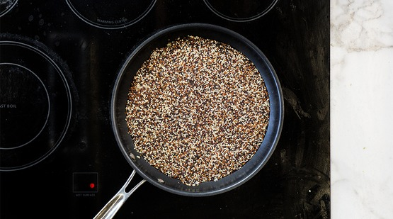 Start the fried quinoa