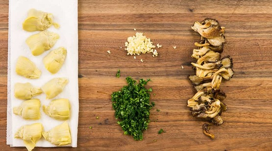 Vegan_Wild Mushroom and Artichoke Fettuccine_Step_2