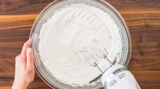 Vegan_Lemon_Meringue_Pie_Step-3