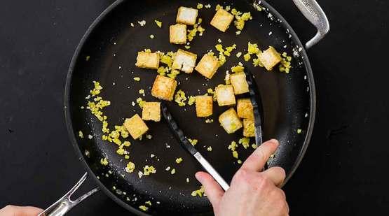 Vegan_Curry_Tofu_Bowls_Step-2