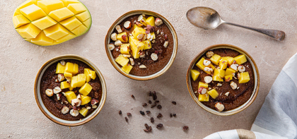 Amaranth Chocolate Porridge with Hazelnuts & Mango