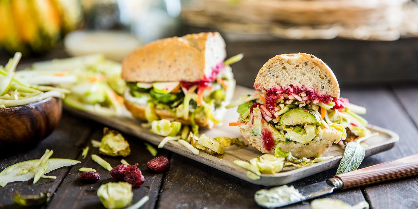 1400 700 vegan thanksgivingsanwdwich horizontal