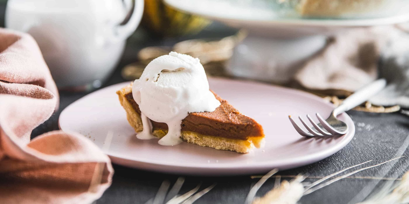 1400 700 vegan pumpkinpie hero 14