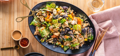 420 197 vegan crunchythaivegetablesalad hero
