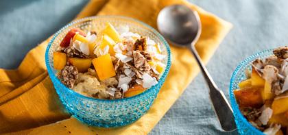 Overnight Oats with Fresh Peach & Ceylon Cinnamon Crunch