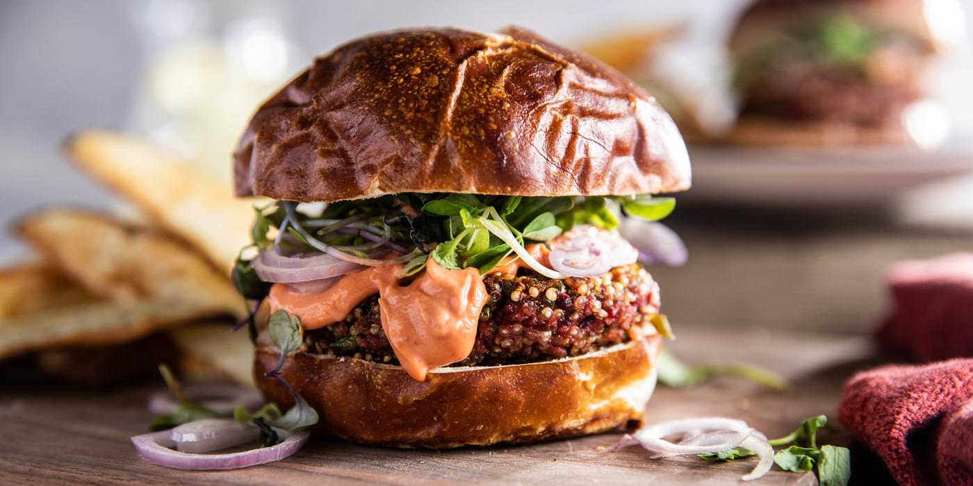 Beet Burgers with Smoky Tomato Aioli & Potato Wedges