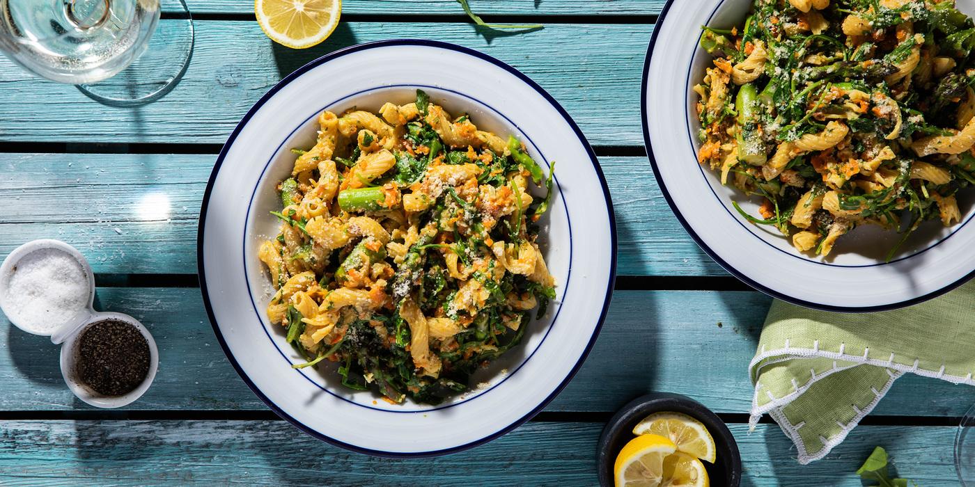 Carrot Pesto Cavatappi with Arugula & Asparagus