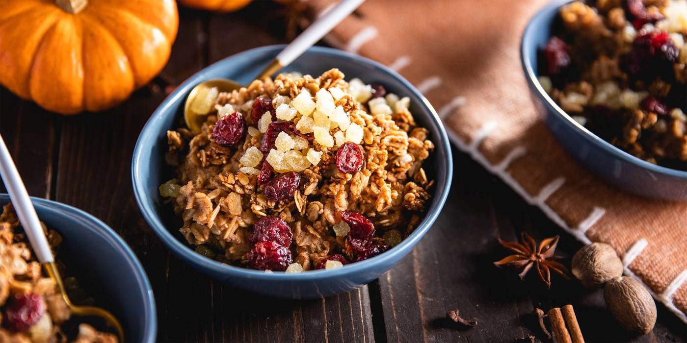 1400 700 vegan extras pumpkin spice overnight oats with dried cranberries   ginger hero