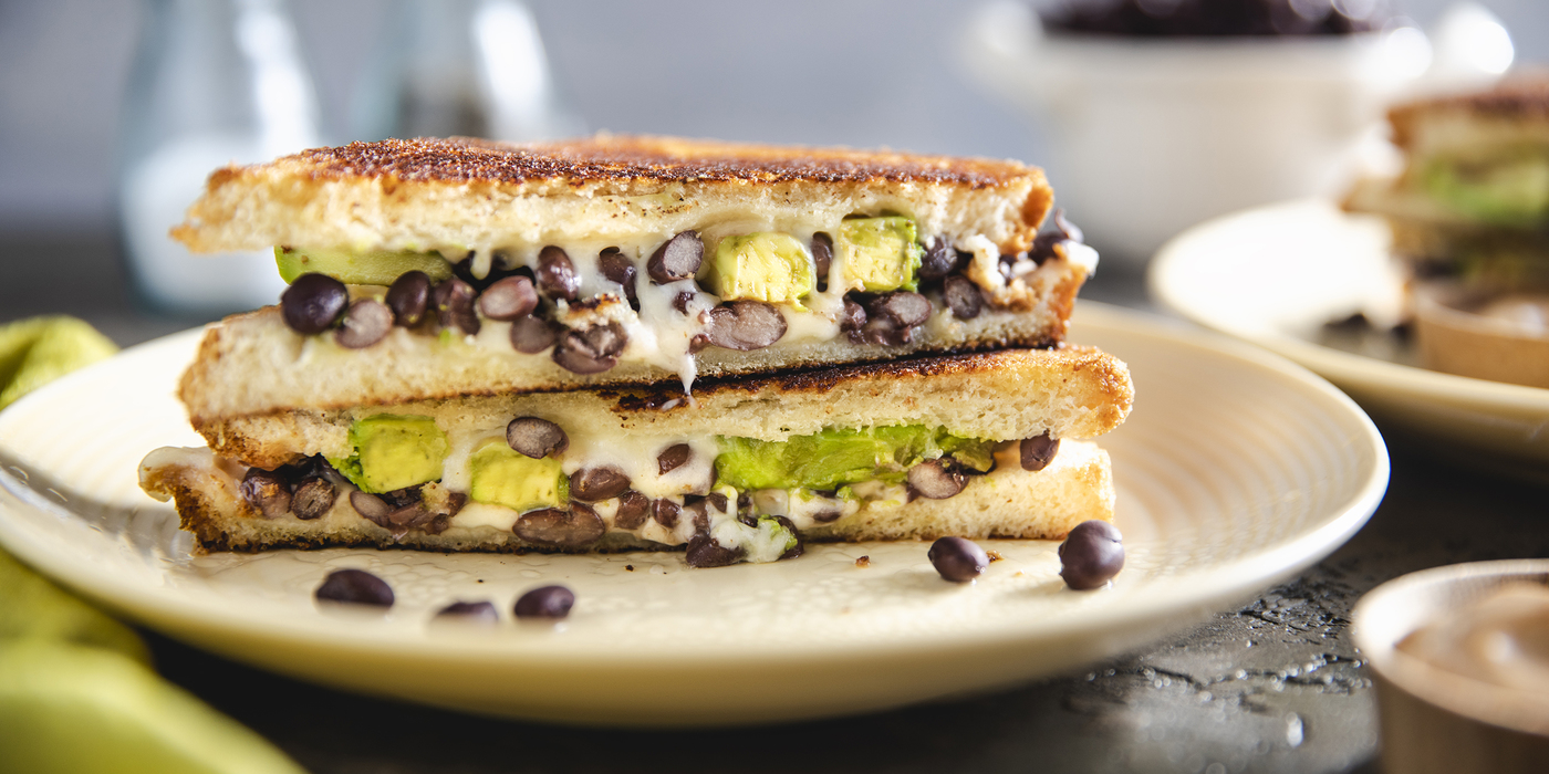 1400 700 vegan black bean melt horizontal