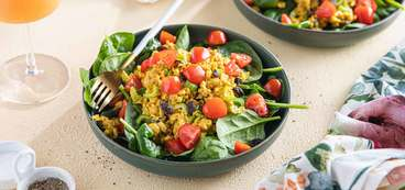 368 173 vegan curried chickpea salads with fresh tomatoes   spinach horizontal
