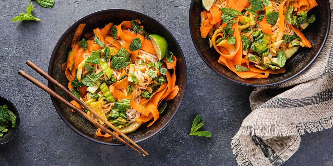 1400 700 spicy red curry coconut noodles with bok choy   carrots hero