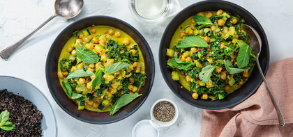 Brothy Coconut Chickpeas with Turmeric & Kale