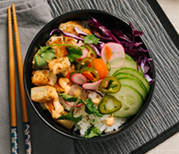 Vietnamese Tofu Bowl with Pickled Vegetables and Sriracha Aioli