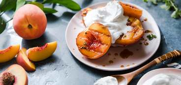 368 173 vegan grilledpeaches hero 3