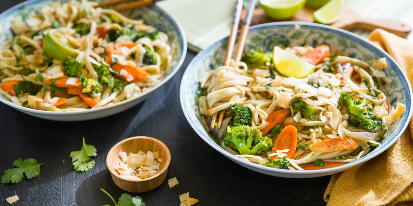 Coconut Curry Udon Noodles with Lemongrass & Toasted Coconut