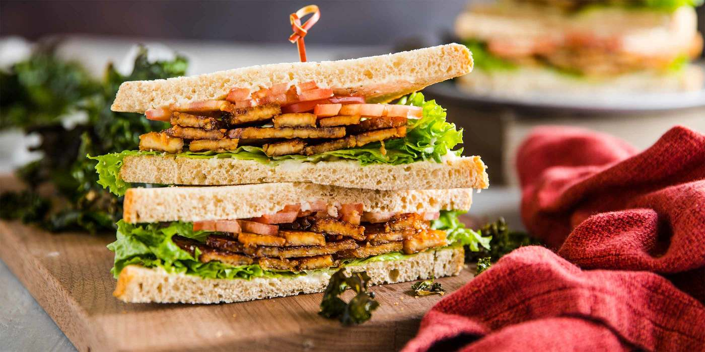 Tempeh BLT with Garlicky Kale Chips