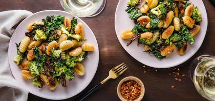 Tuscan-style Gnocchi with Sun Dried Tomatoes & Broccoli