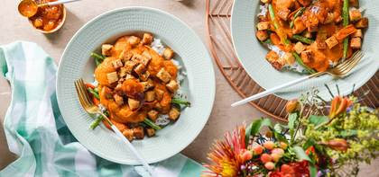 Tempeh Vegetable Korma with Basmati Rice & Mango Chutney