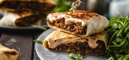 Black Bean Burger Crunch Wraps with Chipotle Aioli & Lemon Arugula Salad