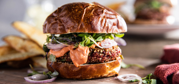 368 173 vegan beetburgerwithsmokytomatoaioli horizontal