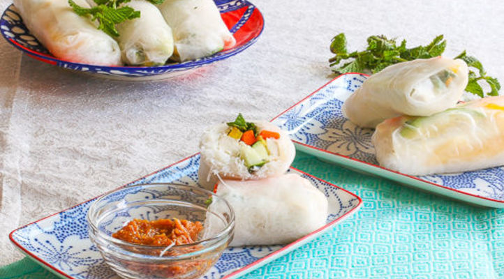 Crunchy Summer Rolls with Mint and Peanut Chili Dipping Sauce