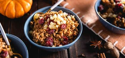 Pumpkin Spice Overnight Oats with Dried Cranberries & Ginger