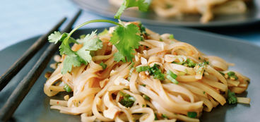 368 173 38b2 4470 640b chili lime noodles a