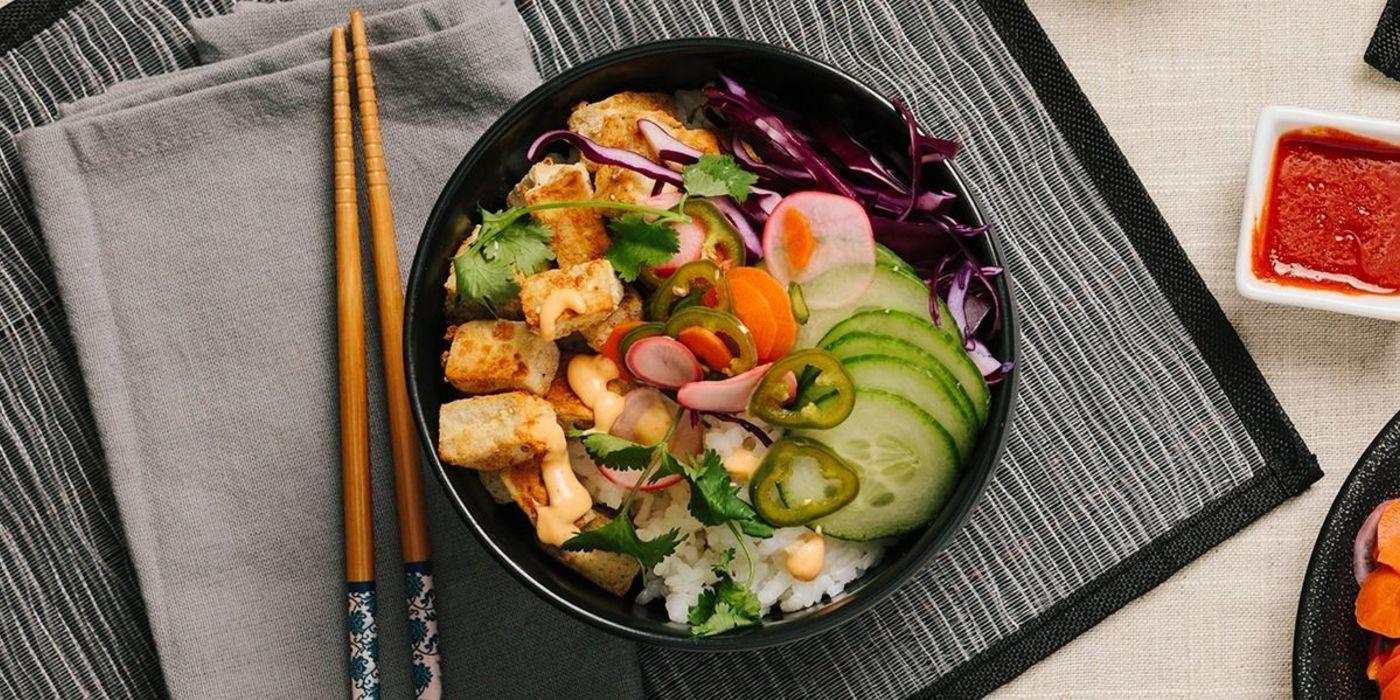 Vietnamese Tofu Bowl with Pickled Vegetables and Sriracha Aioli